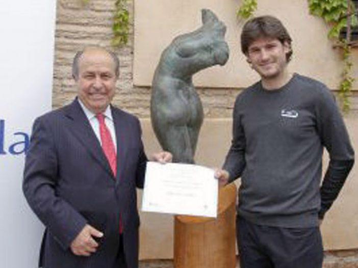 """El escultor Sergio Vera Idoate gana el II Concurso de escultura AguaGranada con """"Nudus"""", una venus de bronce"""
