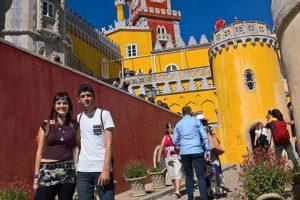 Nerea y Amets. Dos ebanistas de Erasmus en Lisboa