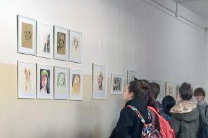 Alumnado del taller de pintura exponen Retratos del 2 de marzo al 27 de abril