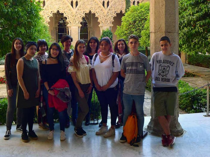 Alumnado de 1º de Grabado visita los museos de Zaragoza aprovechando el Día Internacional de los Museos